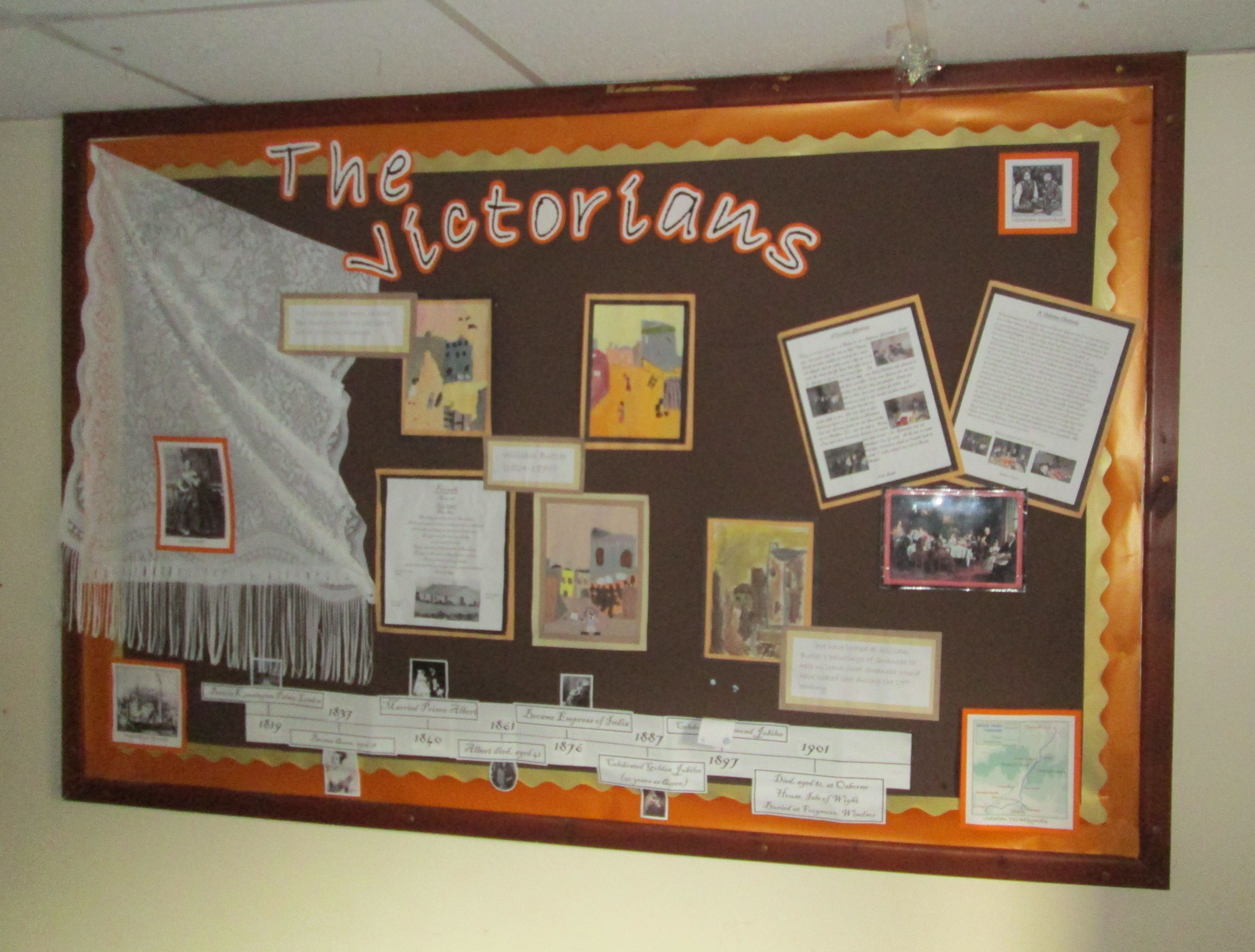 displays in schools - 1 - classroom and school display this booklet is intended to be of interest to teachers and teacher trainers its objectives are to: • create increased awareness.